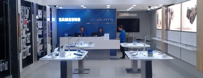 Samsung is one of Flamboyant Shopping Center.