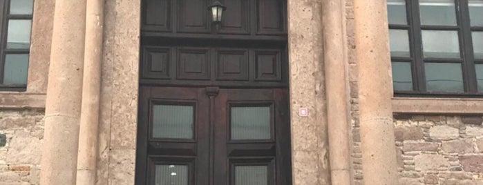 Cunda Alibey Kultur Merkezi is one of Posti che sono piaciuti a Cagla.