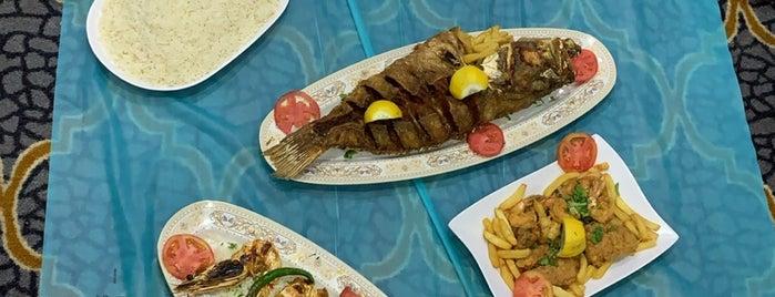 Al Mina Fish Resturant is one of Gespeicherte Orte von Queen.