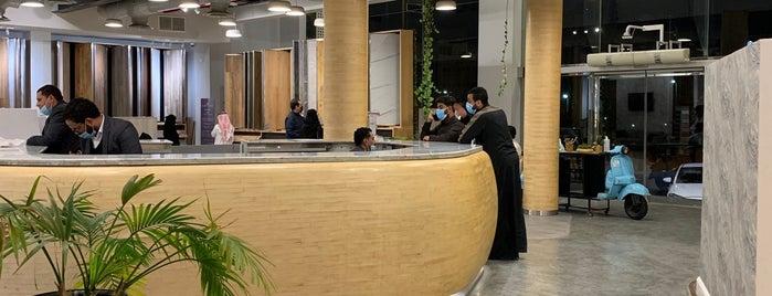 الغملاس أرضيات خشبيه is one of Furniture 🪑.