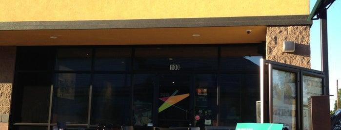 Starbucks is one of สถานที่ที่ Ruth ถูกใจ.