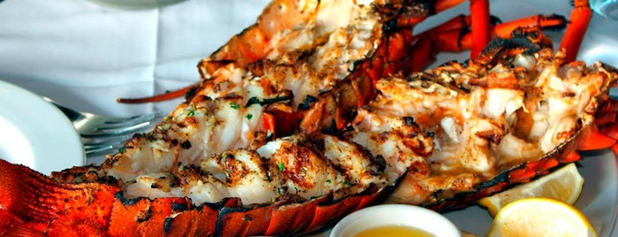 Bu Tafish Seafood & Grills is one of Abu Dhabi.