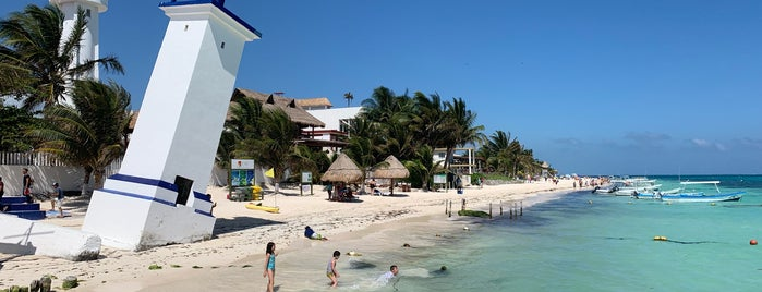 Puerto Morelos is one of Mexico // Cancun.