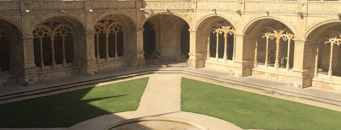 Mosteiro dos Jerónimos is one of María'nın Beğendiği Mekanlar.