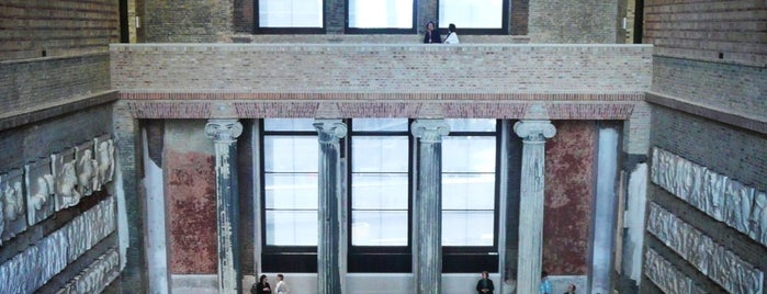 Neues Museum is one of Museums.