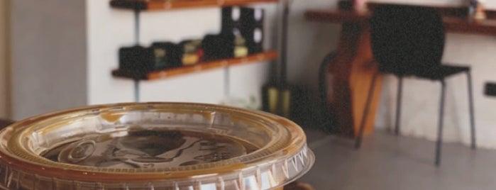 Taraf Coffee is one of Queen'in Kaydettiği Mekanlar.