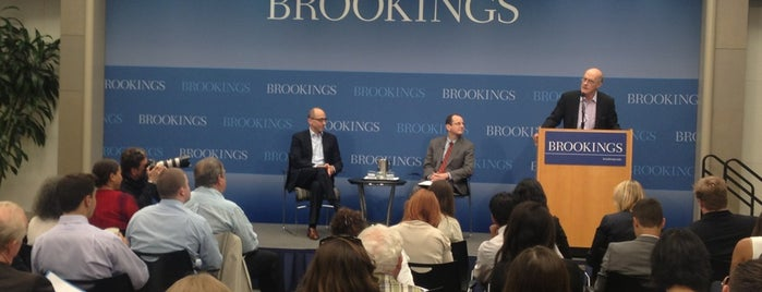 The Brookings Institution is one of Lieux qui ont plu à Rob.