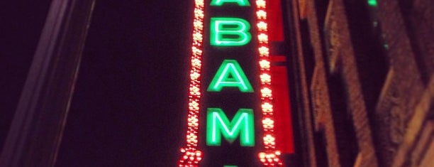 The Alabama Theatre is one of Latonia'nın Beğendiği Mekanlar.