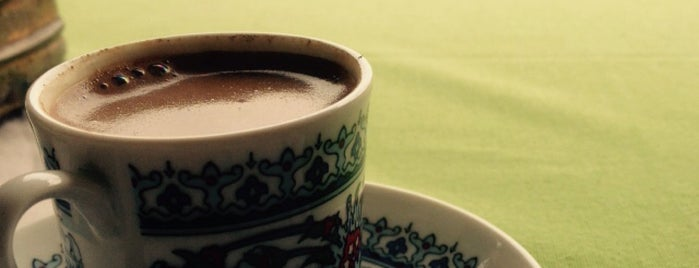 Sade Kahve is one of İstanbul'da Türk Kahvesi Nerede İçilir?.