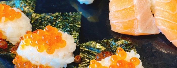 Buffet Restaurant 八献 is one of Posti che sono piaciuti a まき.