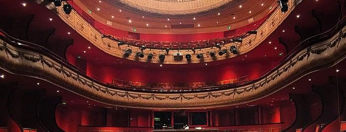 Théâtre du Jeu de Paume is one of Belles salles de concert ou d'opéras.