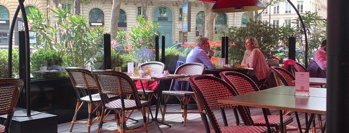 Grand Cafe Fauchon Paris is one of Les meilleurs salons de thé de Paris par SàP.