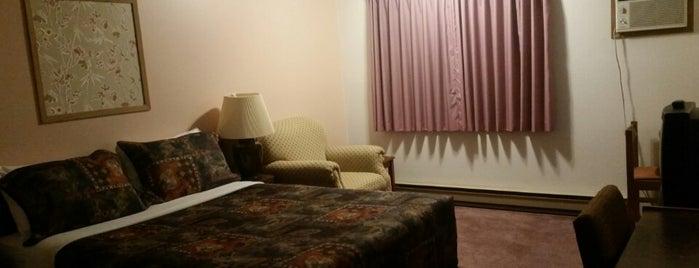 Swiss Village Motel Inn is one of Viagem Canadá.