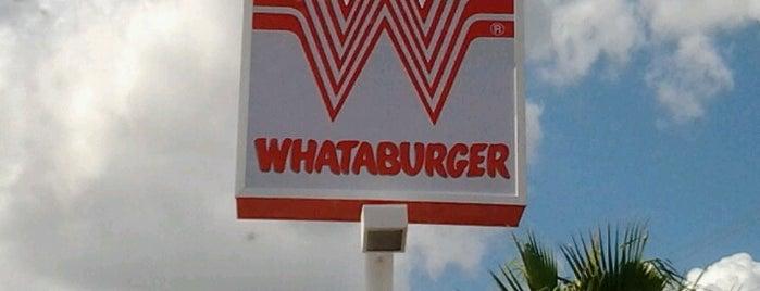 Whataburger is one of Tempat yang Disukai Matt.