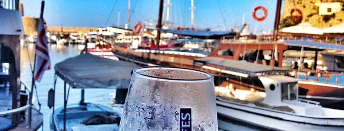 Harbour Balıkçı Restaurant&Bar is one of Tempat yang Disimpan Merve.