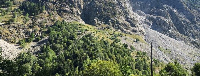 Col du Glandon (Alt.1924m) is one of Tempat yang Disimpan Urs.