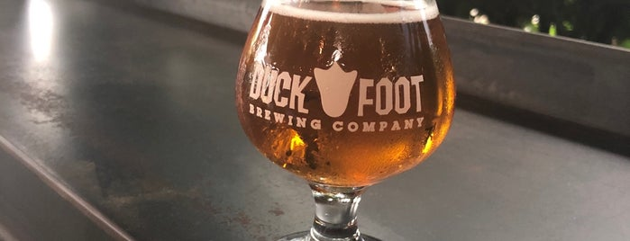 Duck Foot Brewing Company is one of Posti che sono piaciuti a Joey.