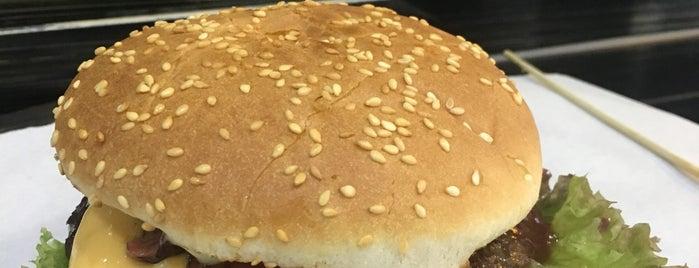 Rocco Burger & Curry is one of Lieux sauvegardés par Merve.