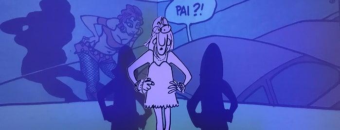 Quadrinhos is one of Locais curtidos por Renato.