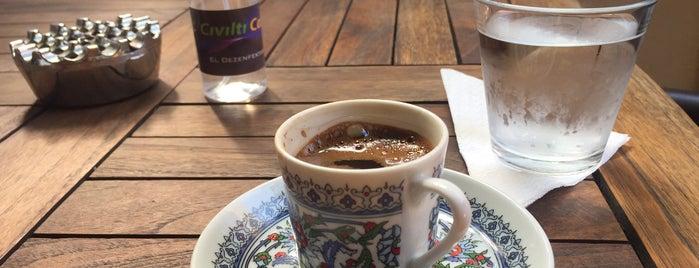 Cıvıltı Cafe is one of Vazgeçilmez adreslerim.