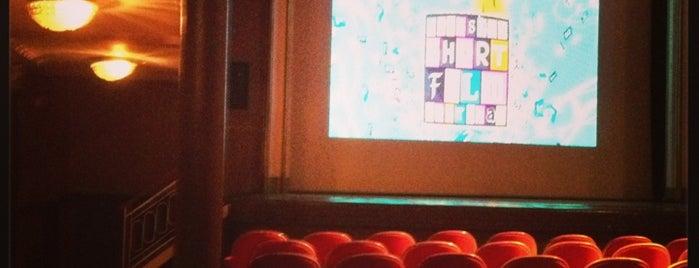Theatre Mercelis is one of Orte, die Valymax gefallen.