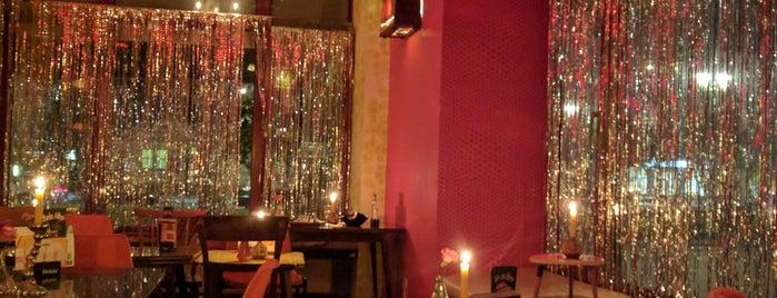 Radio - The Label Bar is one of Orte, die Lutz gefallen.