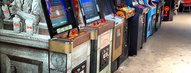 Barcade is one of #NYLIFE.
