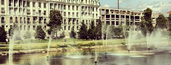 Парк «Чёрное озеро» is one of Posti che sono piaciuti a Andrey.