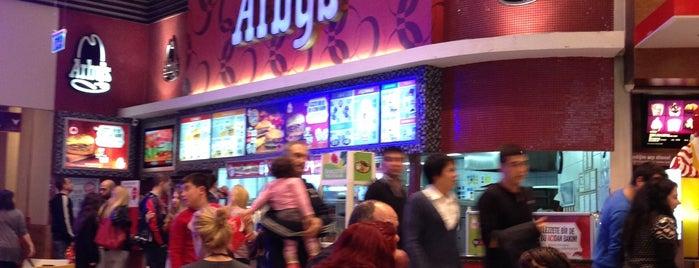 Arby's is one of Locais curtidos por Ggg.
