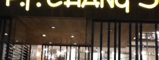 P.F. Chang's Asian Restaurant is one of Paty 님이 좋아한 장소.