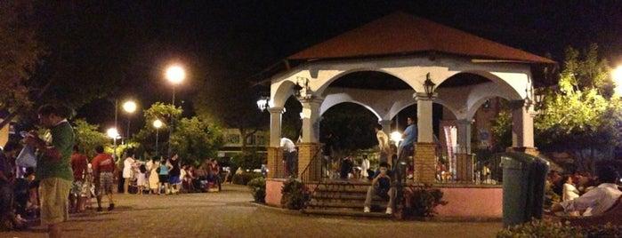 La Crucecita Huatulco is one of Tempat yang Disukai Changui.