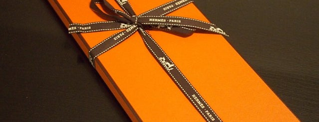 Hermès is one of Erinさんのお気に入りスポット.