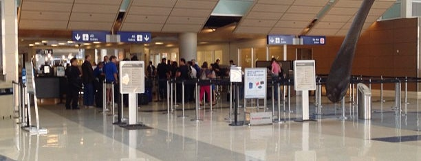 TSA Security Checkpoint is one of Lugares favoritos de Alberto J S.