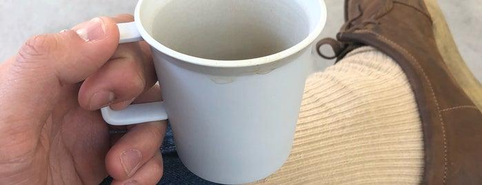 FELT COFFEE is one of สถานที่ที่ Thomas ถูกใจ.