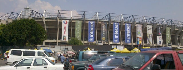 tianguis estadio azteca is one of Lo que es El Tianguis.