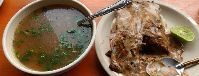 Tacos Enchilados is one of Orte, die Ely gefallen.