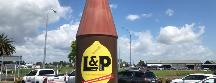 L&P Cafe is one of All-time favorites in New Zealand.