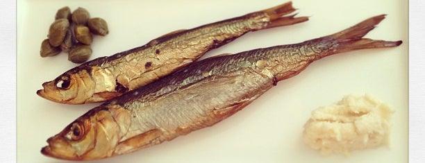 3 zivis is one of Laikam būs jāaiziet.