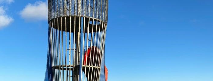 Rocketship Park is one of Locais curtidos por Rosana.