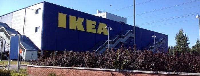 IKEA is one of Orte, die Dmitriy gefallen.