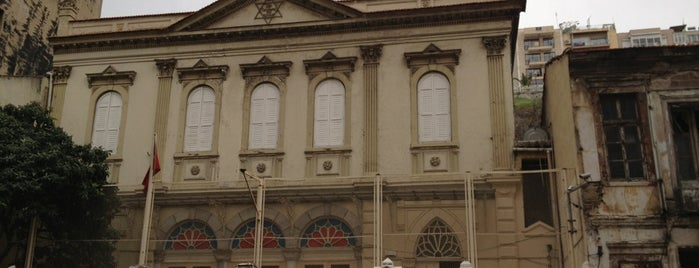 Bet Israel Sinagogu is one of İzmir.