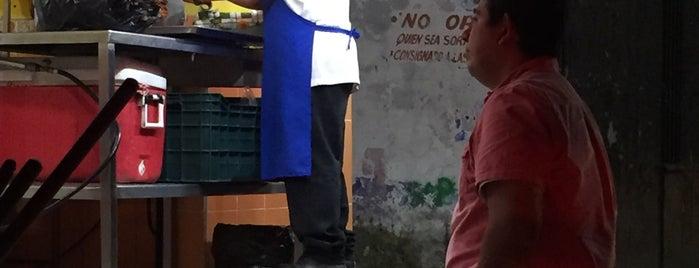 Taquería El Pastorcito is one of Locais salvos de Luis.