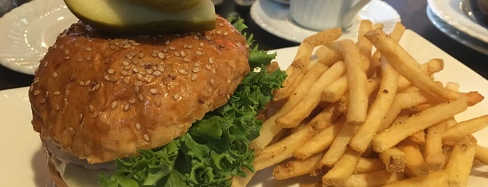 Mainland Grille is one of Dining Tips at Restaurant.com Philly Restaurants.