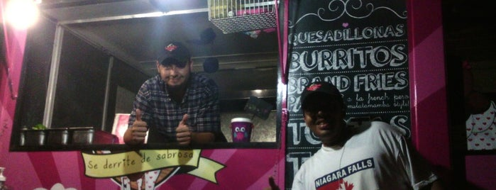 Mulata Mamba is one of Food Trucks Cancun.