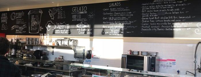 Davio's Galleria Bakery Cafe is one of Locais curtidos por JJ.