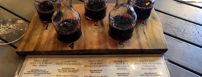Henry Earl Estates is one of Wineries.