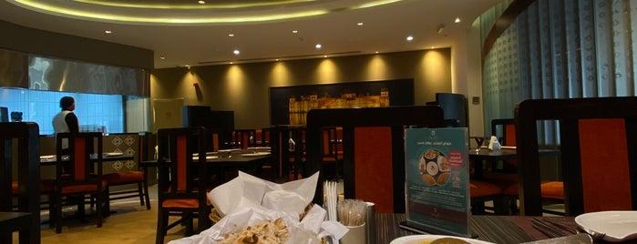 Dilli Restaurant is one of A'maal: сохраненные места.