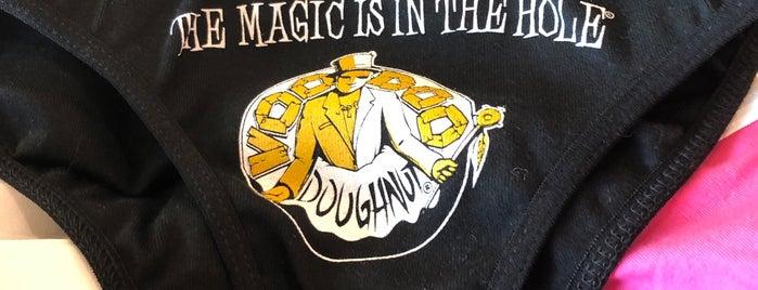 Voodoo Doughnut Broadway is one of Posti che sono piaciuti a Craig.