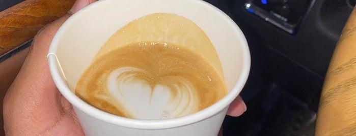 Wogard Coffee Roasters is one of Lugares favoritos de Amal.