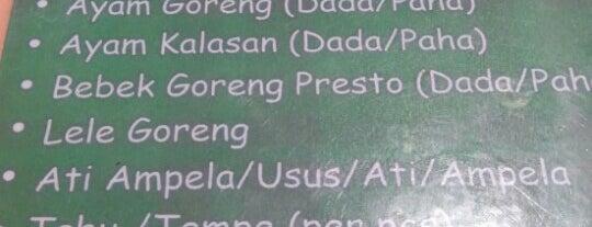 Nasi Uduk Ijo Teh Dede Khas Bogor is one of Kuliner Bekasi.